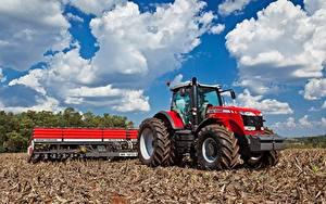 Картинки Облачно Красный Трактор Massey Ferguson 8670