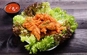 Фотография Мясные продукты Овощи Курятина Доски Кетчупом