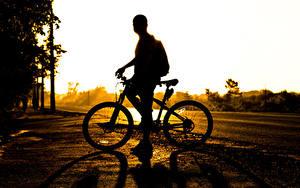 Фото Мужчины Велосипед Силуэта