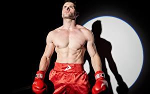 Фото Мужчины Бокс Руки Перчатках Боксер Спорт