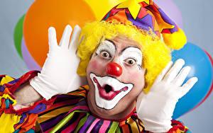 Фотографии Мужчины Клоун Руки Перчатки Мейкап