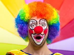 Картинка Мужчины Клоун Макияж Волосы Удивление