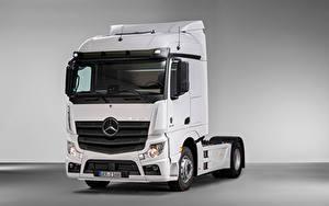 Картинки Mercedes-Benz Грузовики Белых Металлик Actros F 1845 LS 4×2 (MP4 / Br.963), 2020 машина