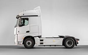 Картинка Mercedes-Benz Грузовики Белый Металлик Сбоку Actros F 1845 LS 4×2 (MP4 / Br.963), 2020 Автомобили