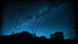 Картинки Млечный Путь Небо Звезды Ночные Силуэт Космос