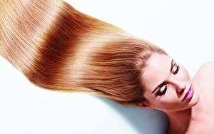 Фотография Модель Волос Макияж Белом фоне молодые женщины