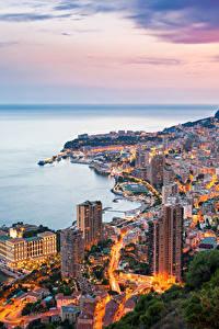 Картинка Монте-Карло Монако Море Дома Гора Вечер Берег город