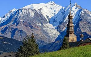 Фото Горы Церковь Франция Auvergne Rhône Alpes Природа