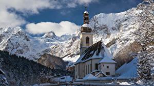 Картинка Гора Церковь Германия Снега St. Sebastian church, Ramsau Природа