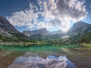 Картинка Горы Озеро Небо Пейзаж Облачно Природа