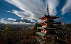 Фото Гора Фудзияма Пагоды Япония Облачно Природа