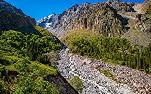 Фотография Гора Парк Ручеек Скале Ala Archa National Park, Kyrgyzstan