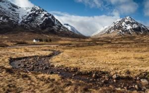 Картинка Гора Камень Шотландия Луга Ручеек Ben Nevis and Glencoe nature reserve