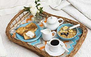 Фото Мюсли Кофе Хлеб Молоко Чайник Розы Завтрак Чашка Продукты питания