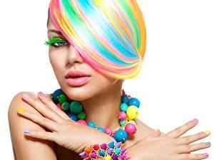Фотография Разноцветные Руки Маникюр Мейкап Белый фон Девушки