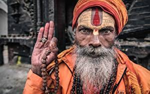 Обои для рабочего стола Старик Рука Бородой Лицо Nepal, Kathmandu, Portrait of a sadhu