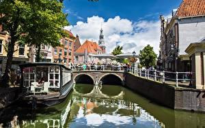 Картинки Нидерланды Водный канал Дерево Alkmaar, North Holland, Nordholland Canal город