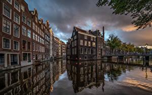 Фотография Нидерланды Амстердам Дома Мост Водный канал Города