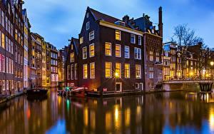 Обои Нидерланды Амстердам Дома Мост Водный канал город