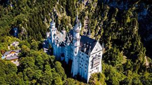 Фотографии Нойшванштайн Замки Германия Бавария Сверху Города
