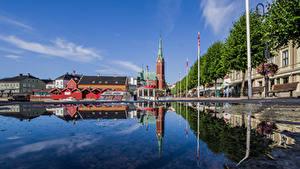 Картинки Норвегия Церковь Здания Набережной Отражение Arendal город