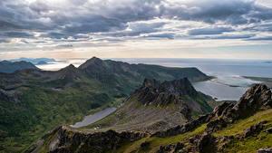 Картинка Норвегия Лофотенские острова Гора Берег Облако Laukvik