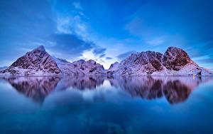 Картинка Норвегия Лофотенские острова Гора Зимние Залив Снег