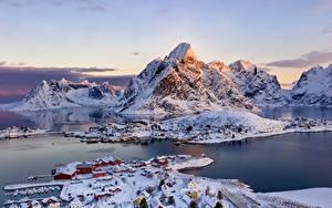 Фотография Норвегия Лофотенские острова Гора Зимние Здания Село Залива город