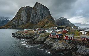 Картинка Норвегия Горы Здания Лофотенские острова Природа