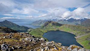 Фотографии Норвегия Гора Лофотенские острова Пейзаж Озеро Облачно Løynvatnet Природа