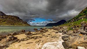 Фото Норвегия Гора Камни Облако Uttakleiv beach