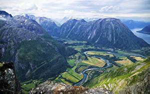 Фотография Норвегия Пейзаж Гора Речка Romsdalseggen Ridge