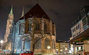 Фотографии Нюрнберг Германия Дома Храм Ночные Уличные фонари Города