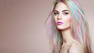 Фото Красивая Волос Смотрит Мейкап Блондинки Oleg Gekman девушка