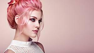 Картинки Прически Волосы Смотрят Косметика на лице Лицо Oleg Gekman молодая женщина