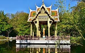 Фотографии Парки Пагоды Мюнхен Пруд Германия Бавария Westpark, Thai Tempel Города