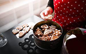 Картинки Выпечка Печенье Рождество Рука Пища