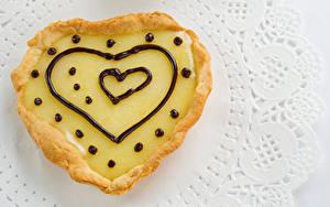 Картинка Выпечка Пирожное Шоколад Серце