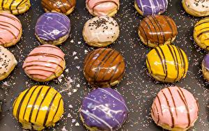 Картинка Выпечка Пирожное Шоколад Сахарная глазурь Продукты питания