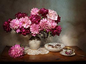 Фотография Пион Чай Пирожное Вазе Чашке Цветы Еда
