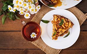 Картинки Пирог Чай Ромашки Тарелка Еда