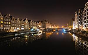 Фотография Польша Речные суда Здания Мост Гданьск Водный канал Ночные Уличные фонари Города