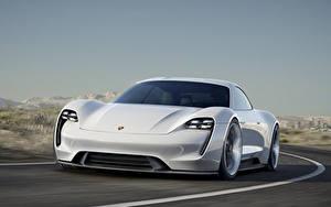 Фотография Порше Спереди Едущий Белая 2015 Mission E Concept Автомобили