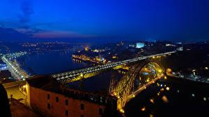 Картинки Порту Португалия Здания Реки Мосты Ночь Уличные фонари Города
