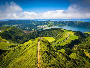 Фотографии Португалия Гора Берег Лес Облачно Сверху Azores, Sete Cidades, Miradouro da Boca do Inferno Природа