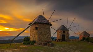 Обои Португалия Рассвет и закат Ветряная мельница Coimbra Природа