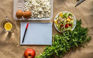 Картинка Творог Овощи Салаты Укроп Лимоны Яблоки Блокнот Шариковая ручка Яйца Кружка