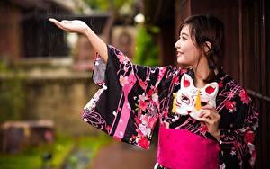 Фотография Дождь Маски Азиатки Кимоно Рука Улыбается девушка