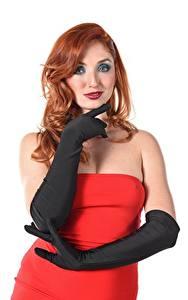 Картинка Red Fox Michelle H Белым фоном Белый фон Рыжая Взгляд Платье Руки Молодая женщина Девушки