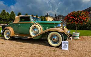 Фото Винтаж Металлик Зеленая 1932 Packard Light Eight 900 авто